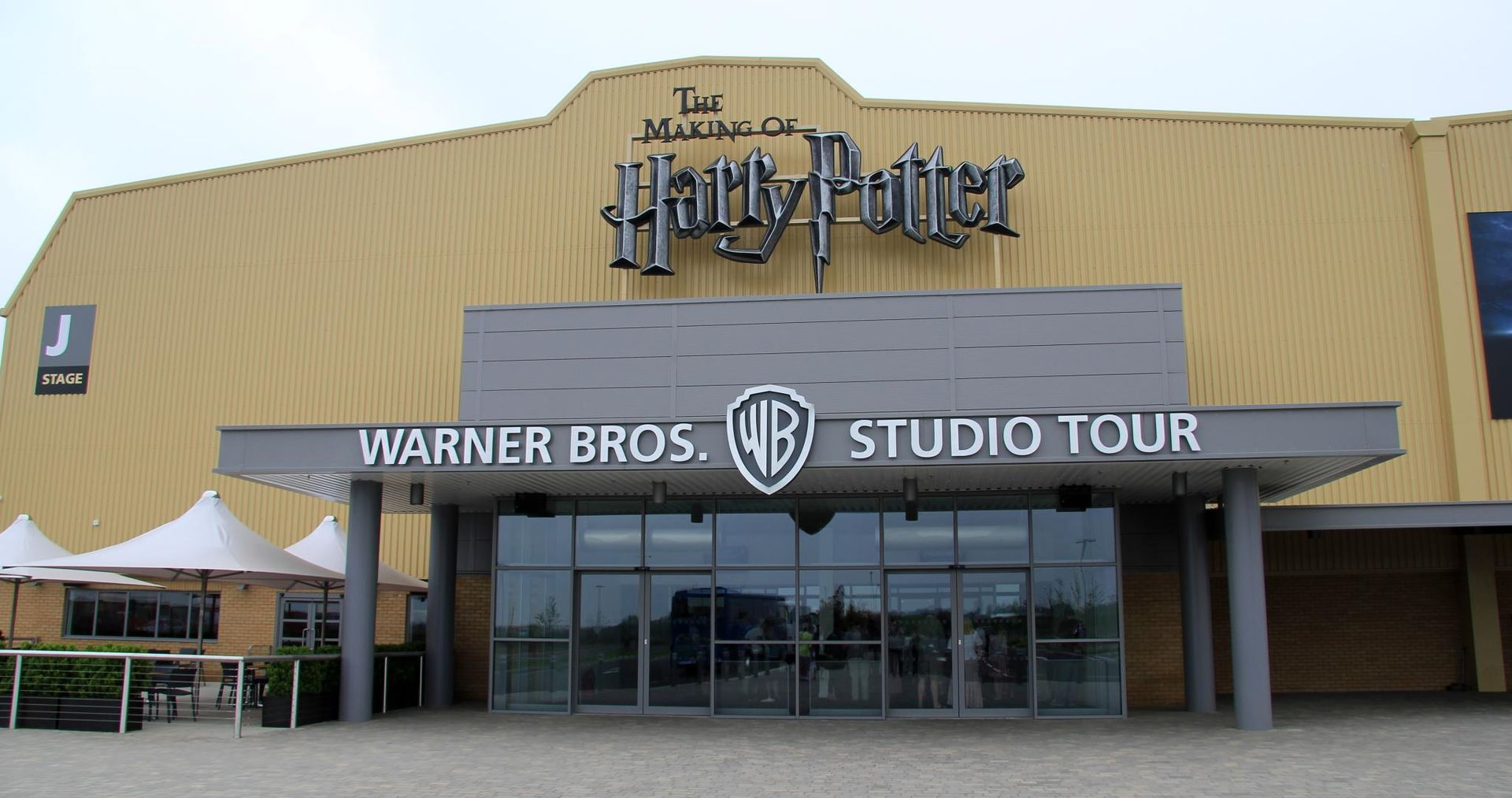 warner-bros-hertfordshire